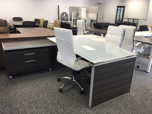 Potenza Executive L-Desk with White Glass Top