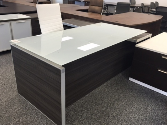 Potenza Executive L Desk With White Glass Top Used Furniture
