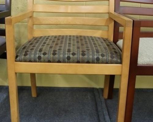 bernhardt-chair-with-maple-frame