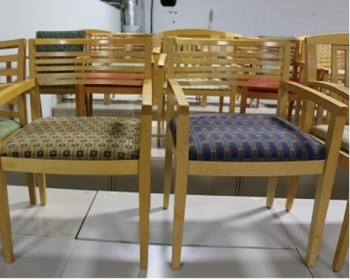 knoll-ricchio-chairs-with-maple-frame