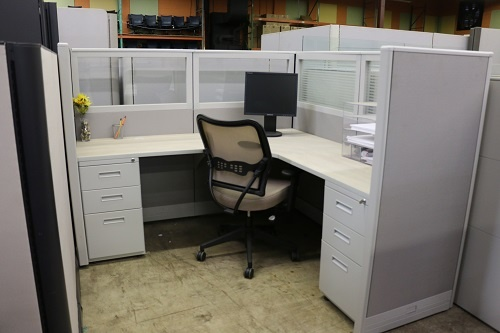 Hyer Workstations