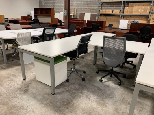 White Variant Series L-Desks
