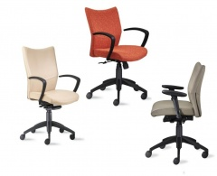 9-5 Seating Bristol Chair